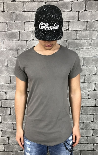 T-SHIRT PEOPLEHOUSE -GRIGIO- T-SHIRT PEOPLEHOUSE MODELLO LUNGO. COLOR GRIGIO NUOVA COLLEZIONE PEOPLEHOUSE MADE IN ITALY